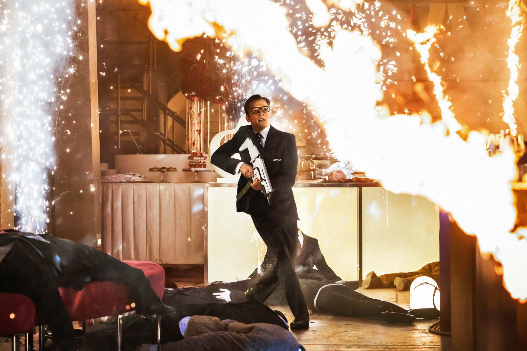 kingsman-the-secret-service_csXHcU